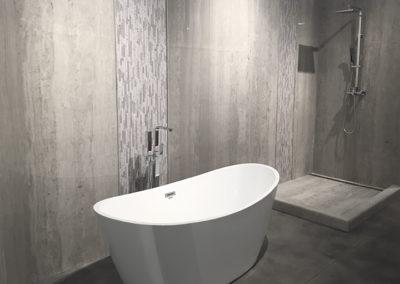 Frio Tub Shower