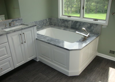 grey-white-bathroom-vanity-with-granite-l-0d277daa833c2a05