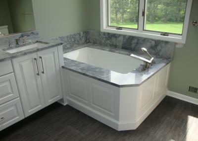 grey-white-bathroom-vanity-with-granite-l-0d277daa833c2a05