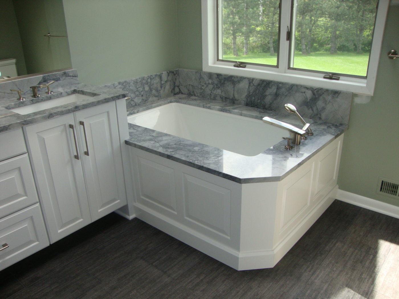 grey skylights decoration vanity ceramic elegant skylig wall design for and rectangular black bathroom bathtub white with minimalist mosaic along granite