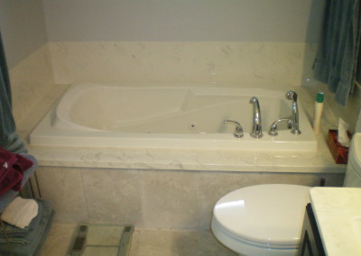 finish-your-tub-area-with-cultured-marble-splashes