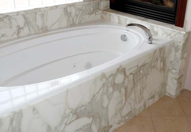 Tubs and Surrounds